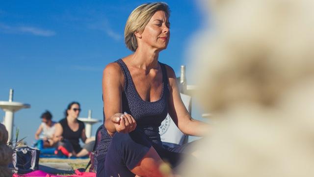 How mindfulness meditation redefines pain, happiness & satisfaction | Dr. Kasim Al-Mashat